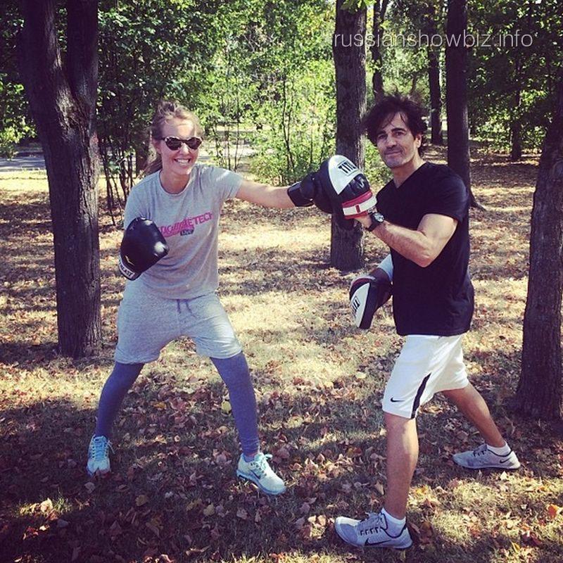 Ксения Собчак занимается боксом