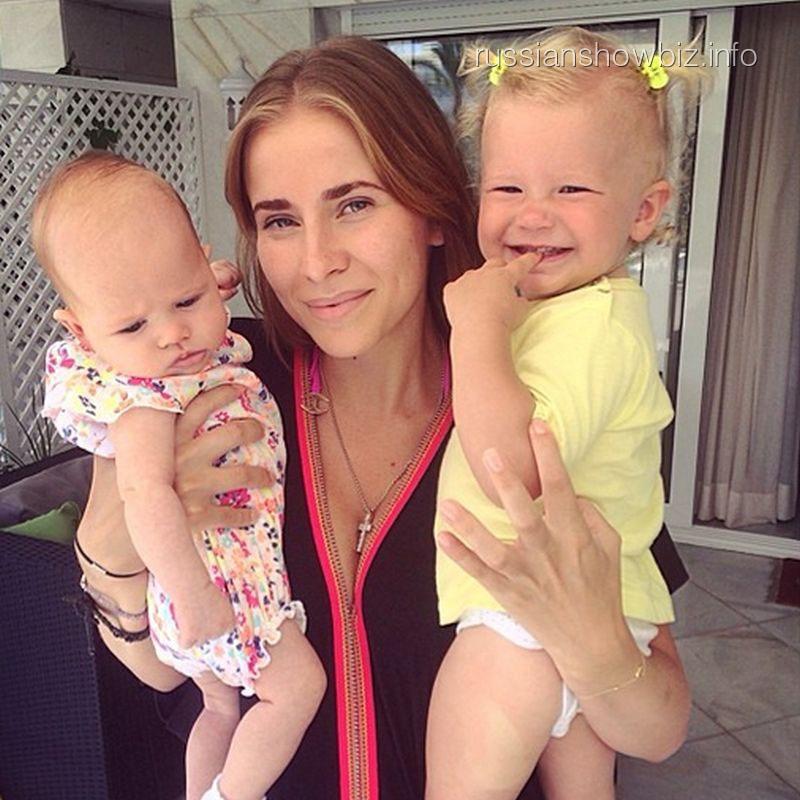 Татиана Бондарчук с дочками