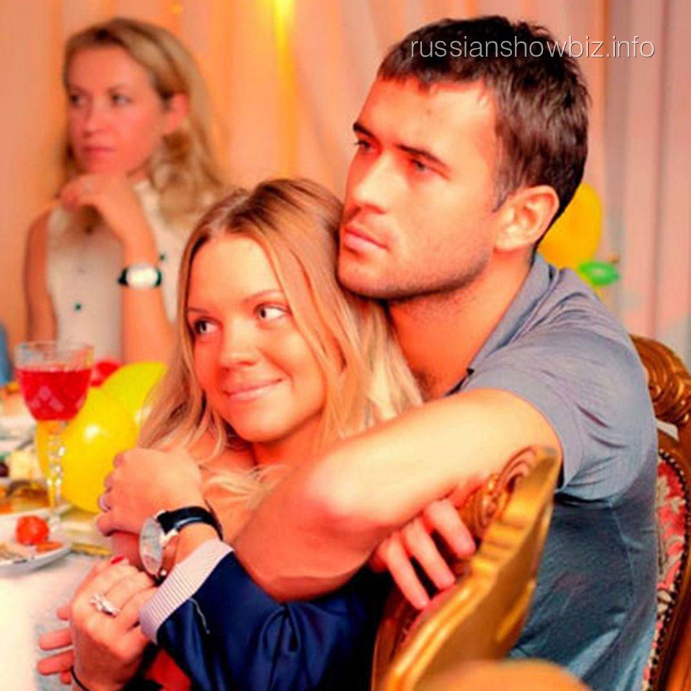 Александр Кержаков с женой Екатериной