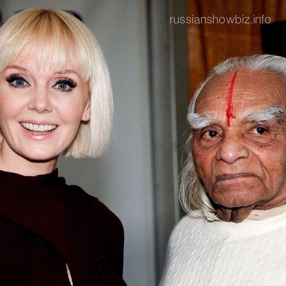 Валерия со своим гуру