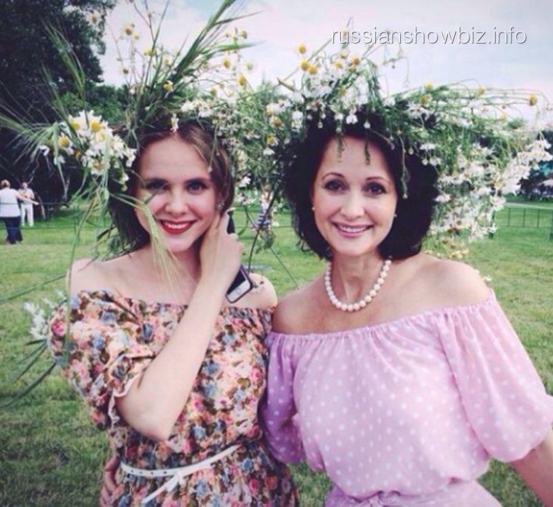 Ольга Кабо с дочерью