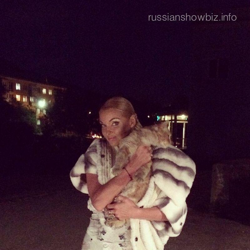 Анастасия Волочкова с котом