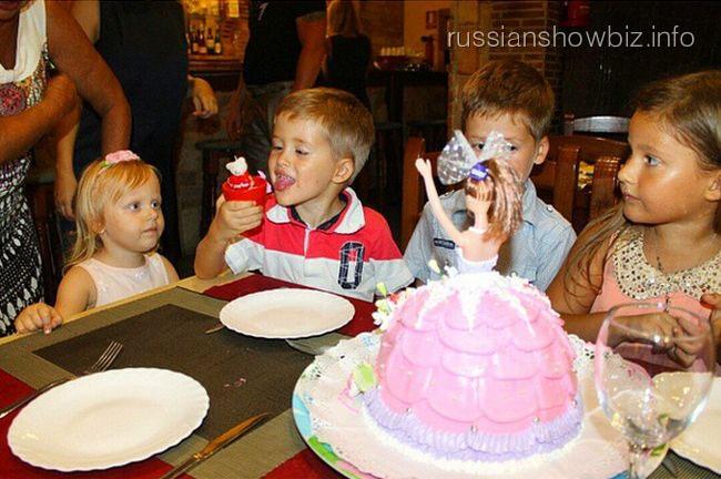 День рождения дочери Даны Борисовой