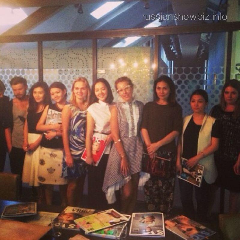 Ксения Собчак с командой журнала SNC в Казахстане
