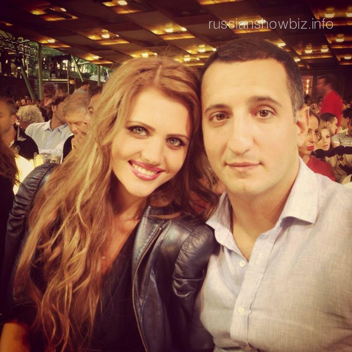 Арарат Кещян с женой