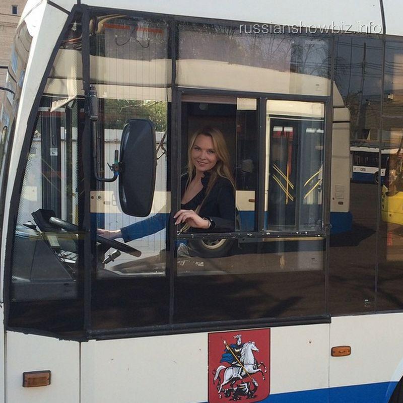 Варвара за рулем автобуса