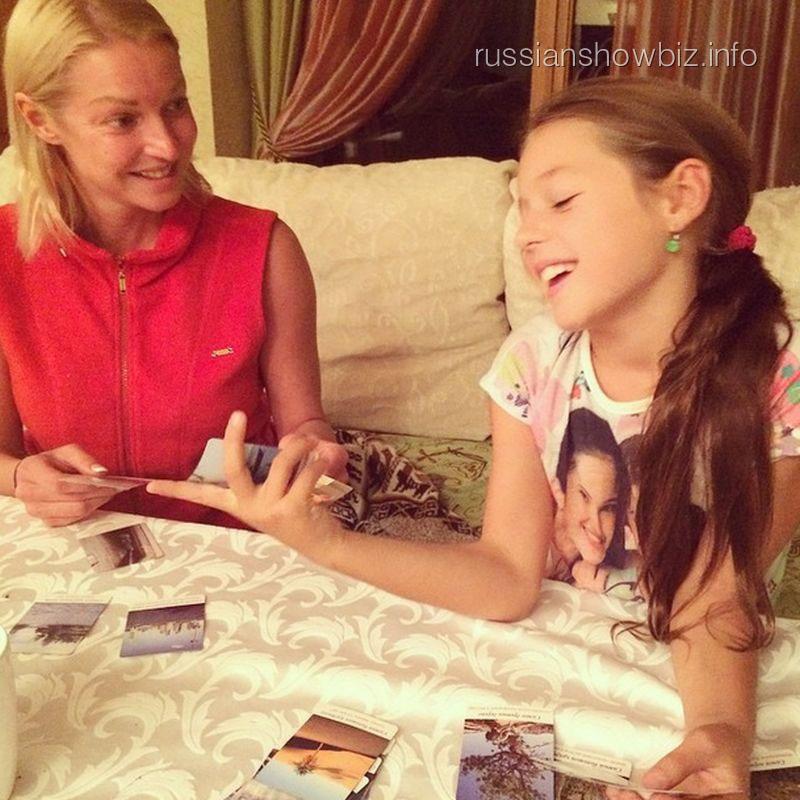 Анастасия Волочкова с дочкой Аришей