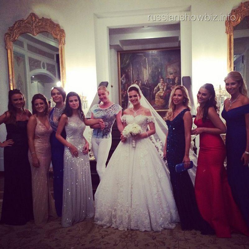 Анастасия Волочкова на турецкой свадьбе