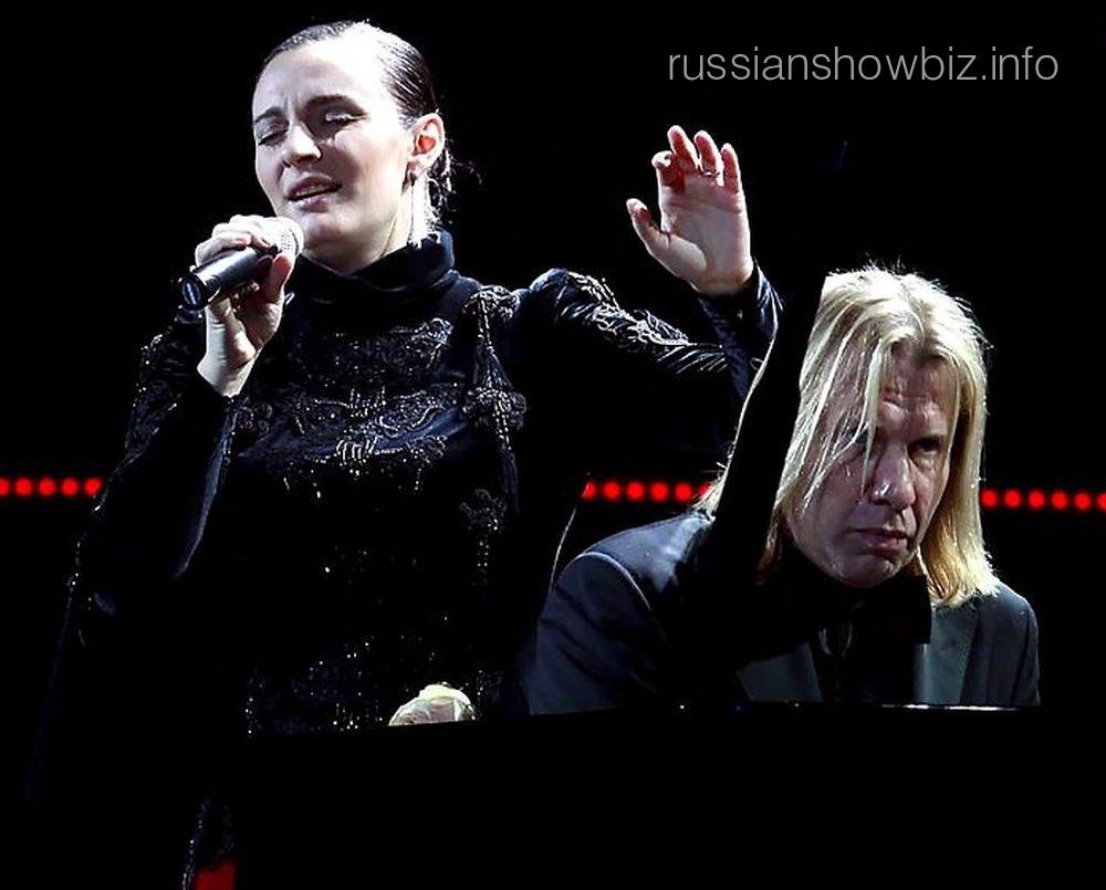 "Елена Ваенга и Виктор Дробыш (фото - ""7 дней"")"