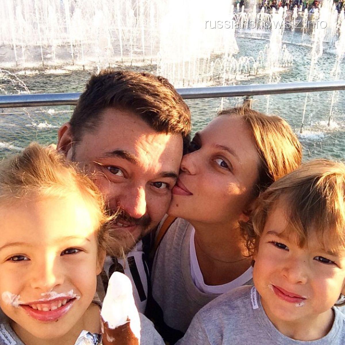 Сергей жуков его семья дети фото
