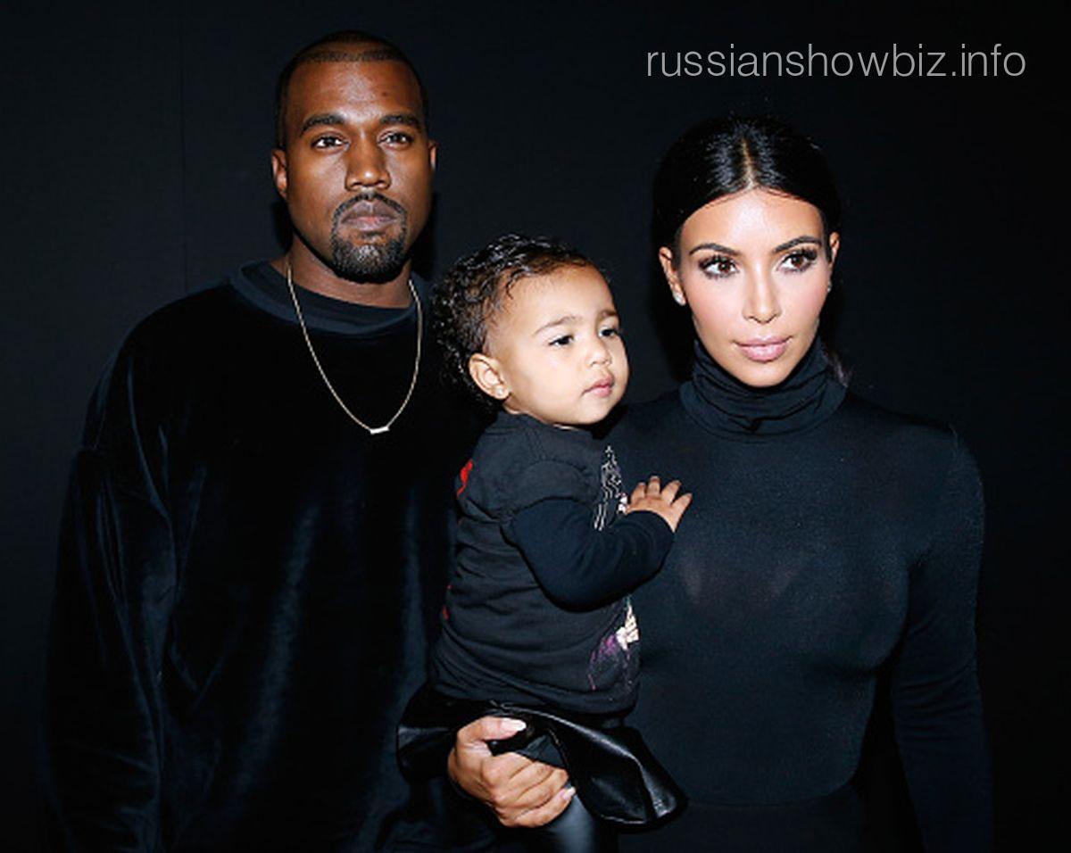 Канье Уэст и Ким Кардашьян с дочкой