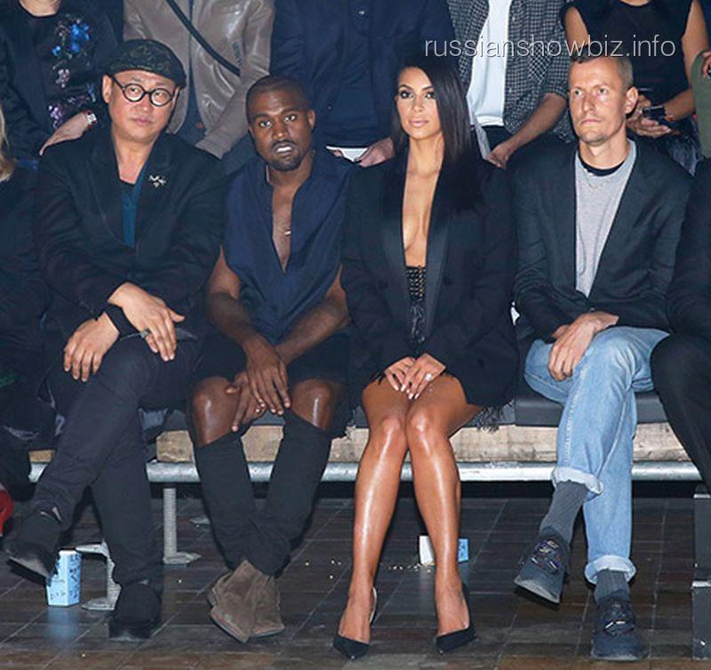 Ким Кардашьян и Канье Уэст на Lanvin Fashion (фото - Getty Images)