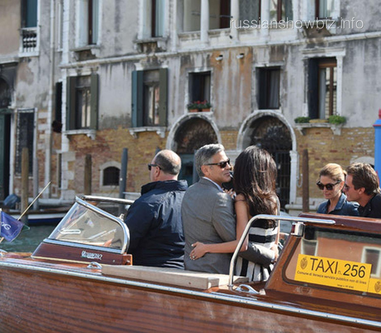 Джордж Клуни и Амаль Амалуддин на водной прогулке