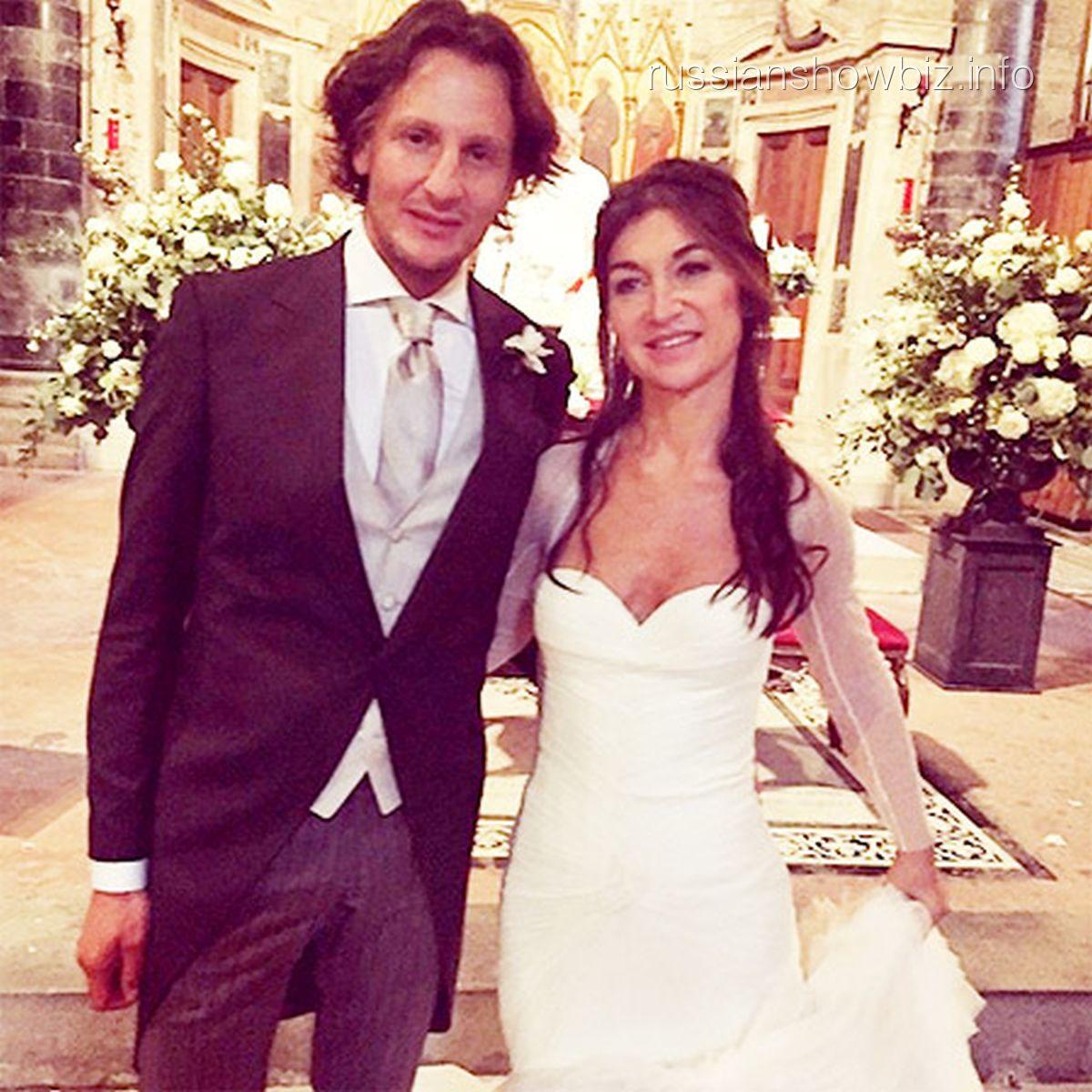Дочь Роберто Кавалли с мужем