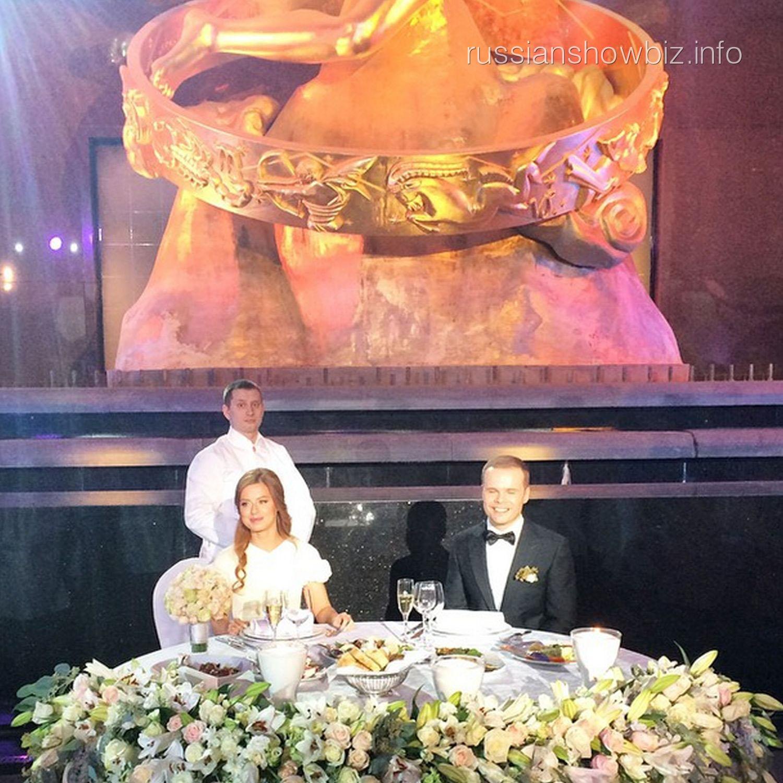 Первые фото со свадьбы юлии савичевой