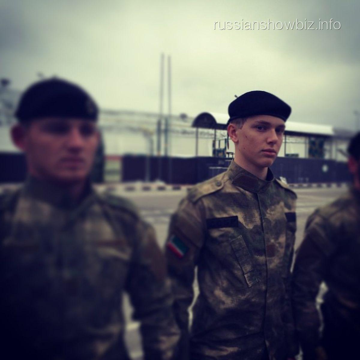 Дени байсаров на военных сборах