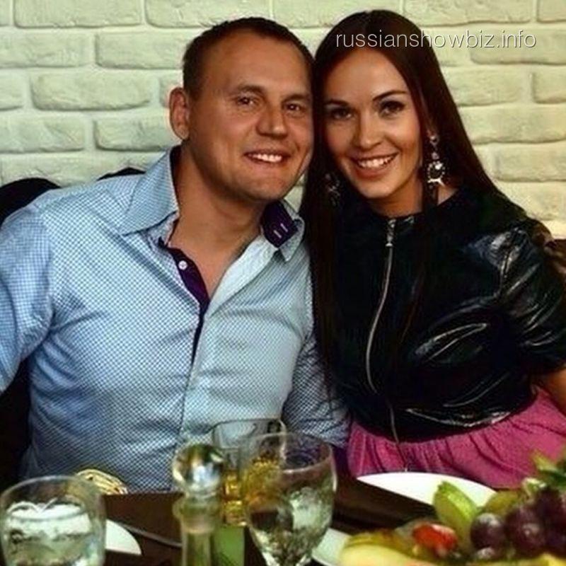 Степан Меньщиков с возлюбленной Евгенией
