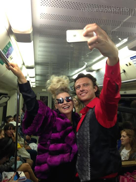 Прохор Шаляпин и Лена Ленина в метро