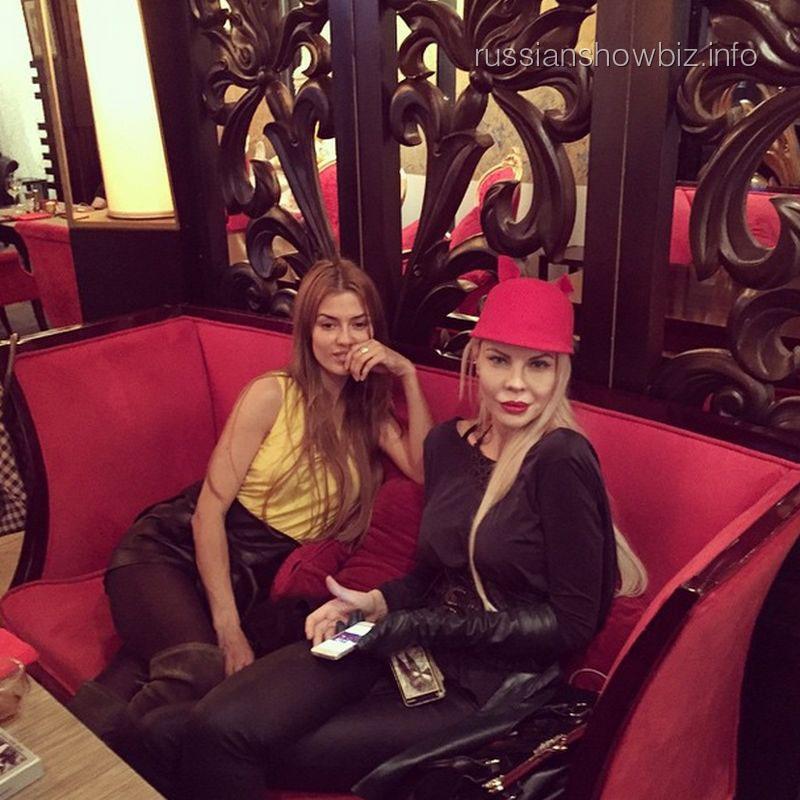 Виктория Боня и Джулия Ванг