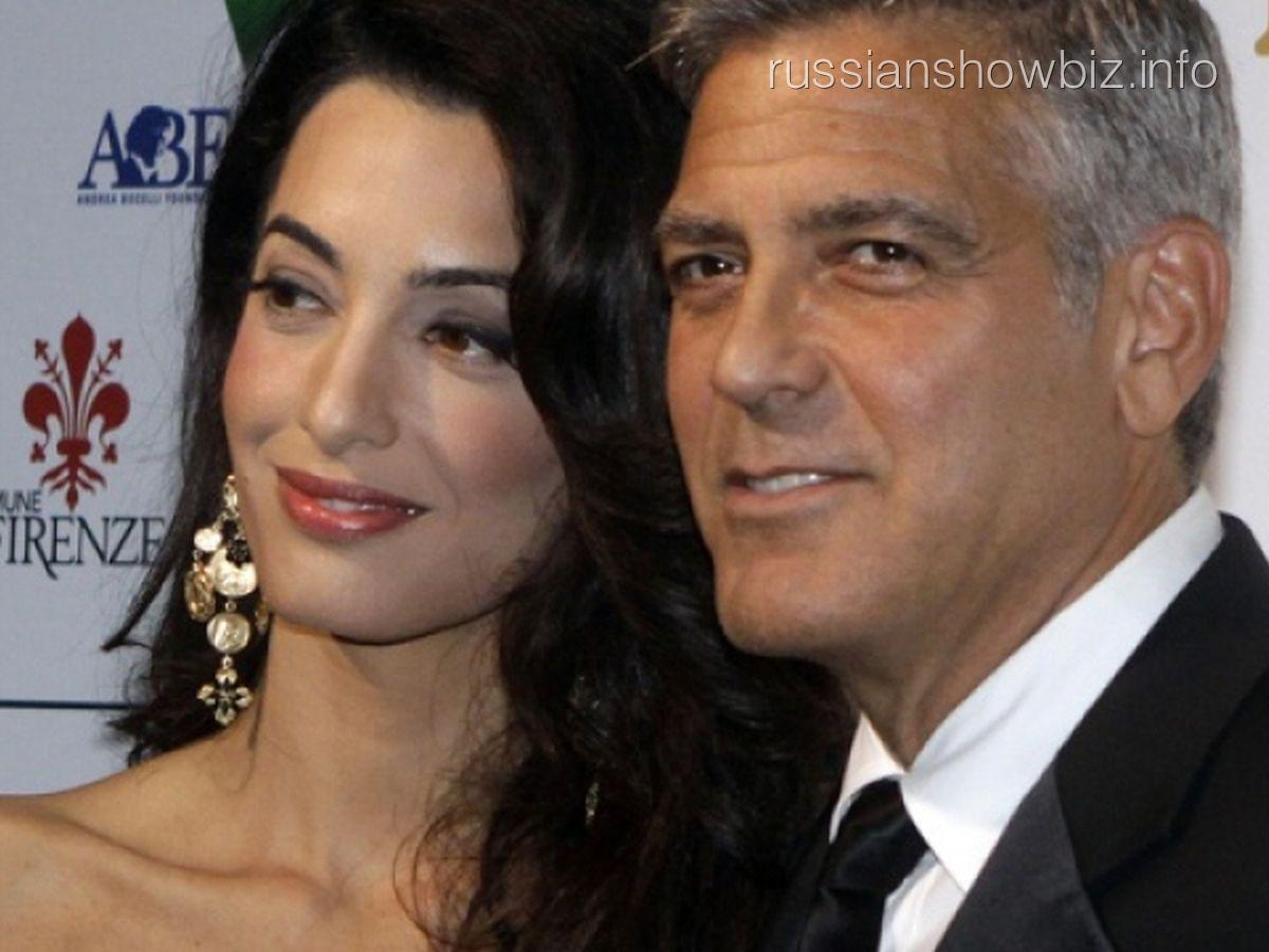 Джордж Клуни с женой Амаль