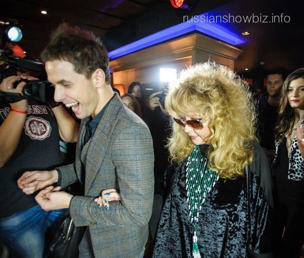 Двойник Аллы Пугачевой на презентации альбома DaKi