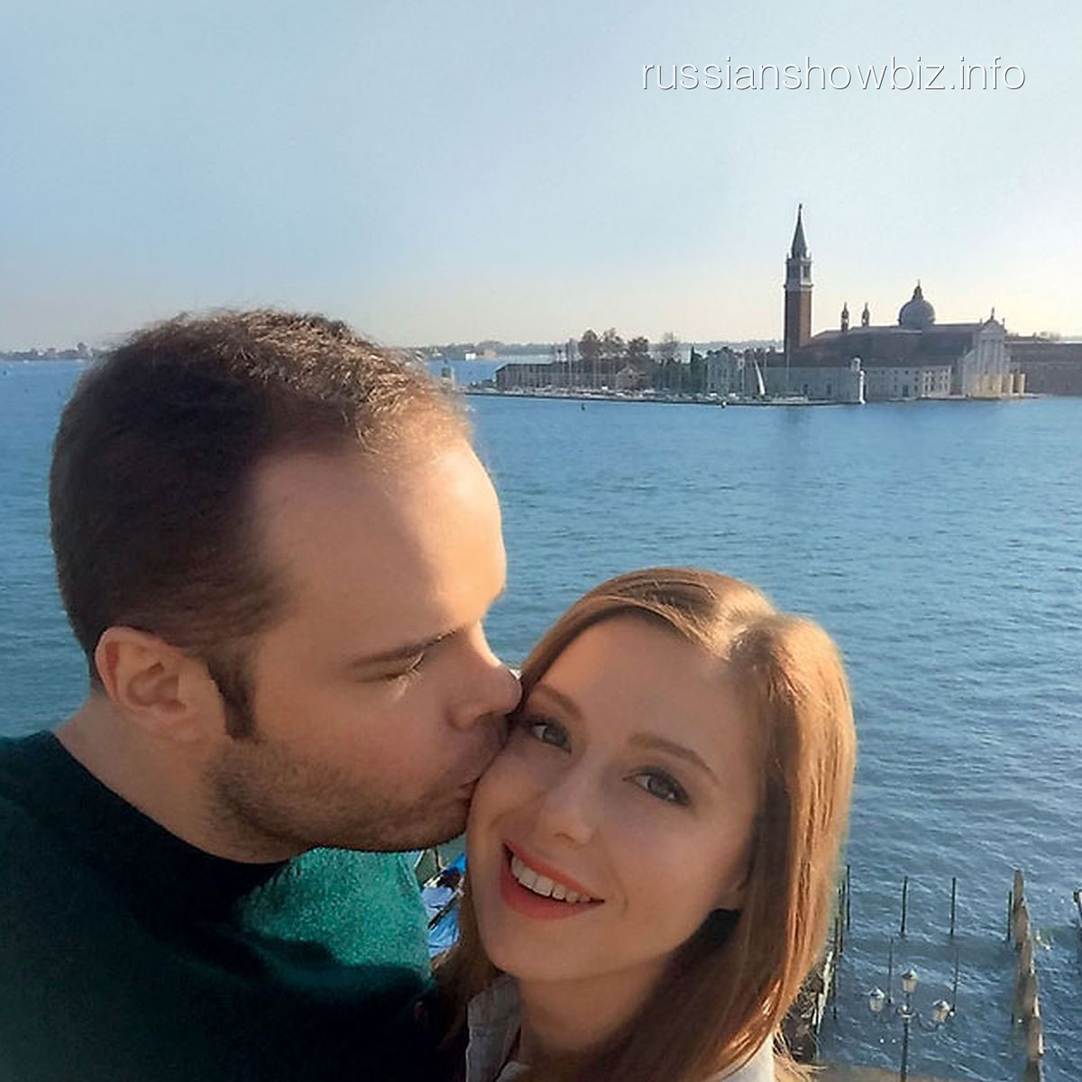 Юлия Савичева с мужем в Венеции (фото - 7Д)