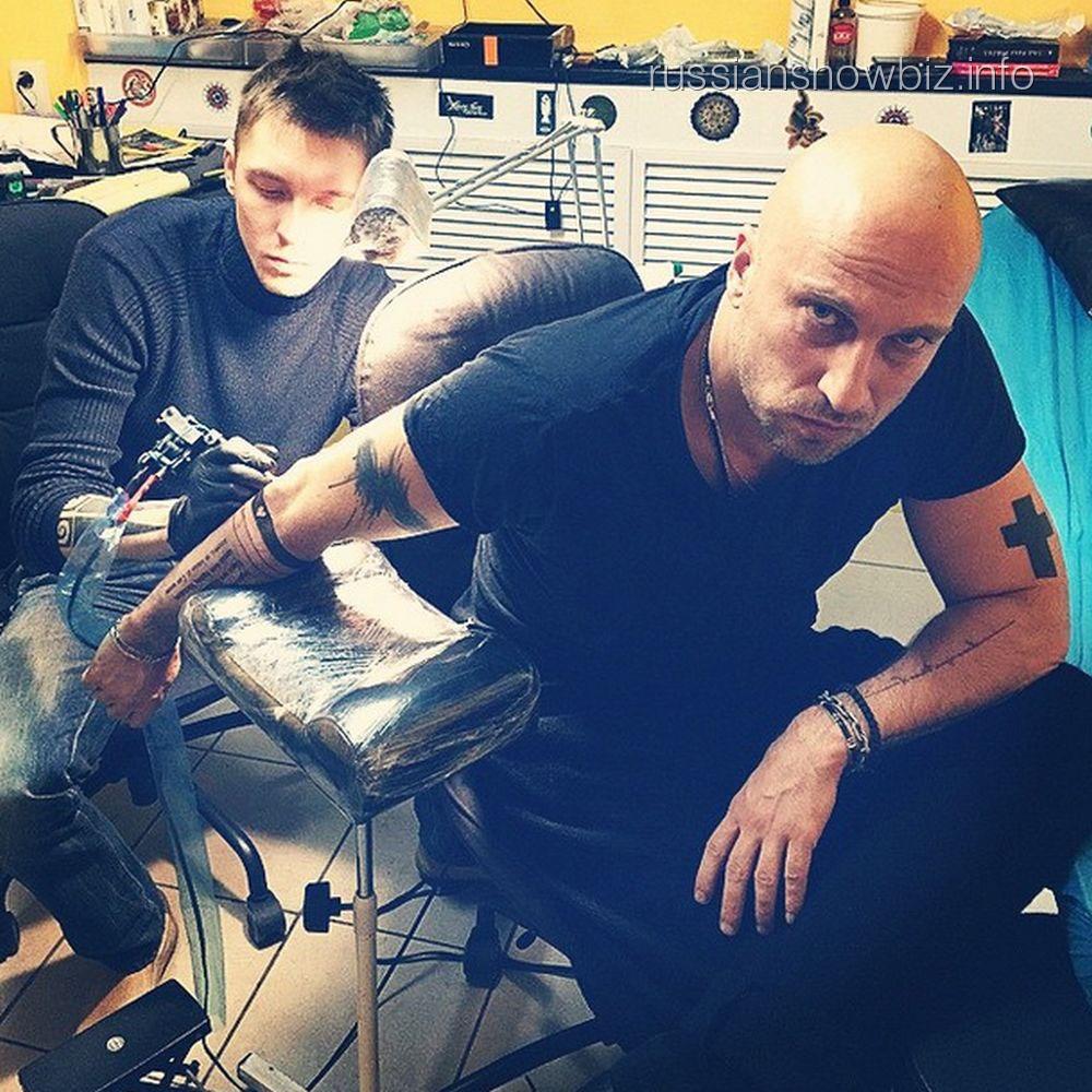 Дмитрий Нагиев сделал новую татуировку