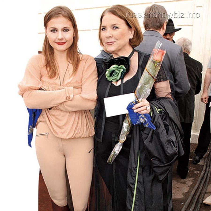 Мария Голубкина с мамой