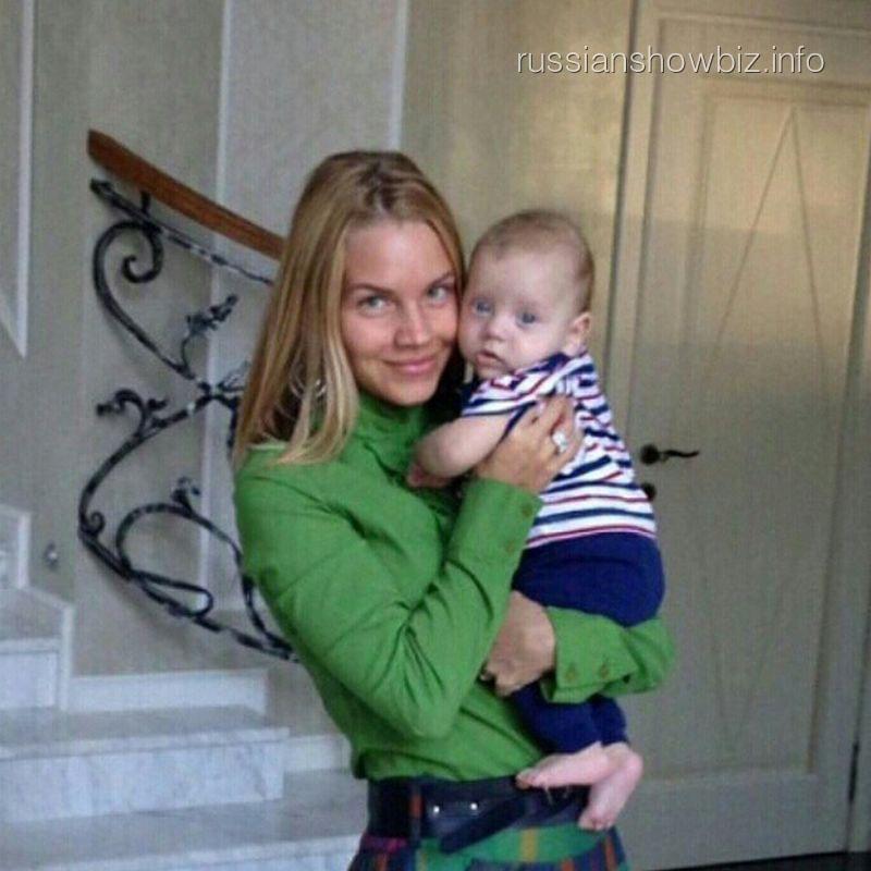 Екатерина Сафронова с сыном Игорем