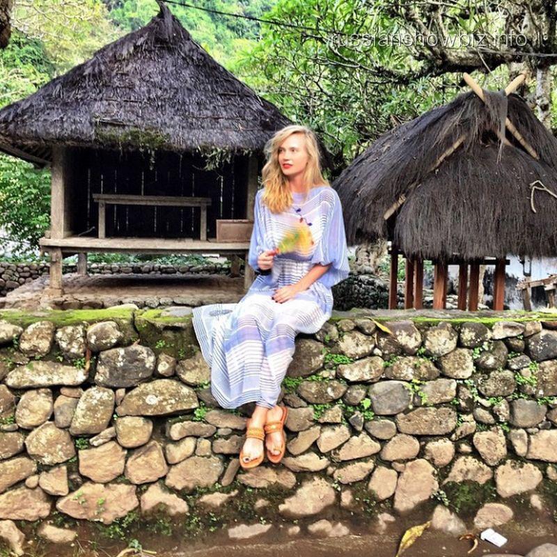 Глюк'оZа в балийской деревне
