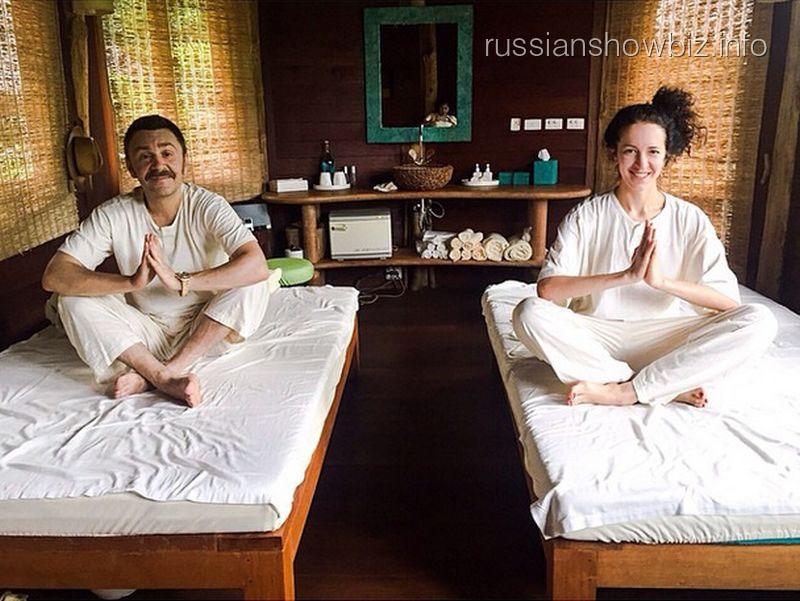 Сергей Шнуров с женой