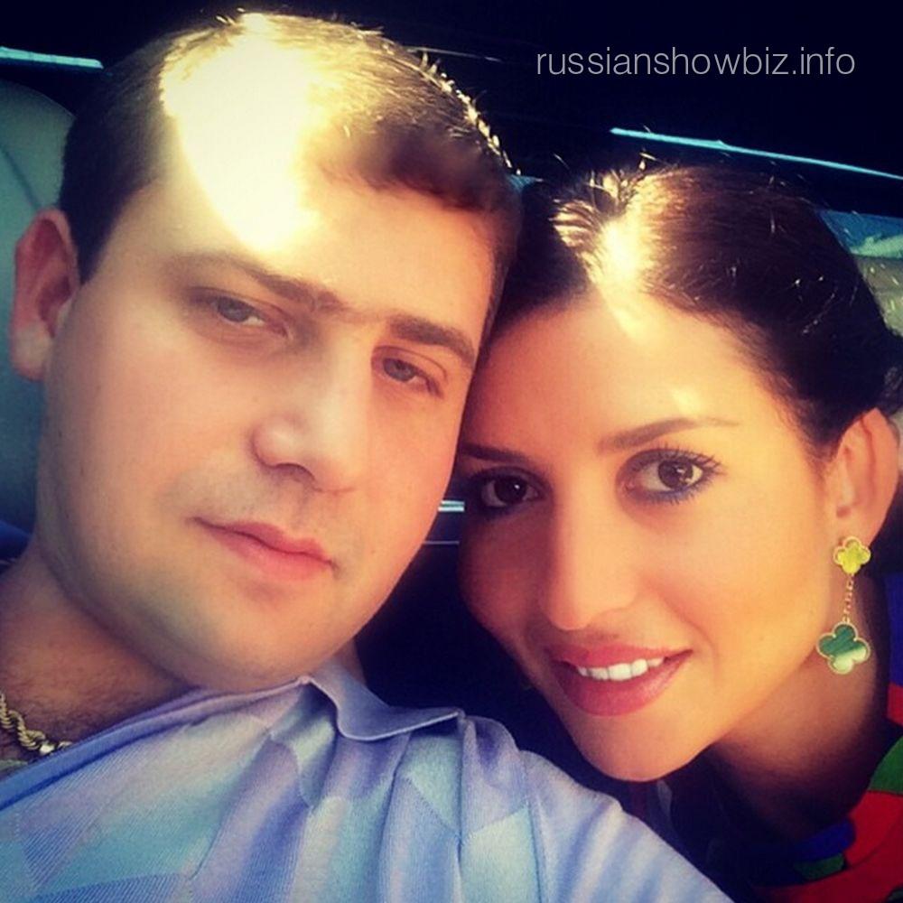Жасмин с мужем