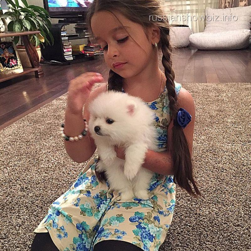 Дочь Ксении Бородиной с новым домашним питомцем