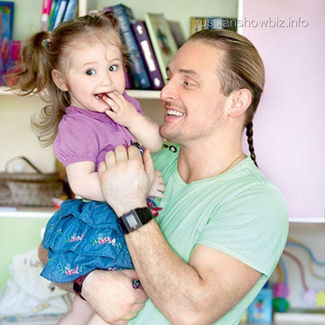 Аскольд Запашный с дочкой