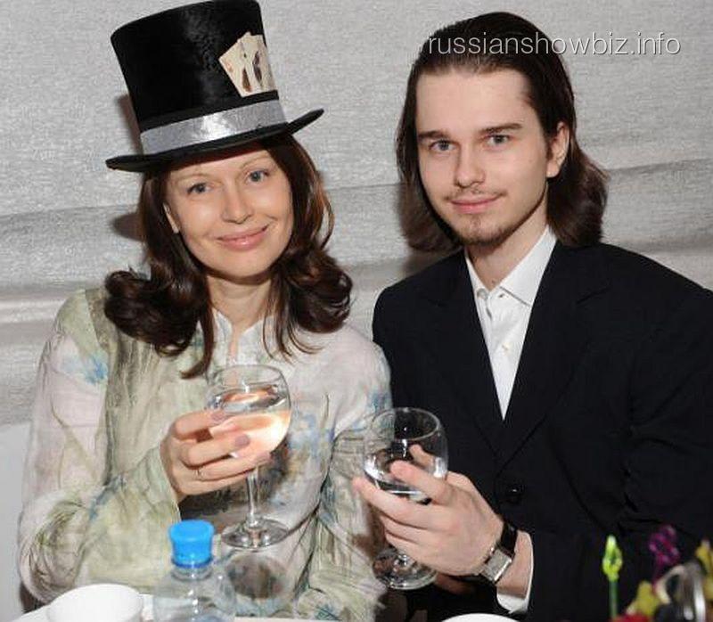 Ирина Безрукова с сыном Андреем