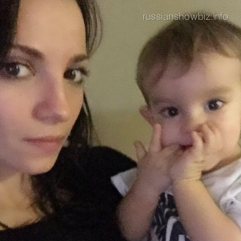 Светлана Светикова с сыном