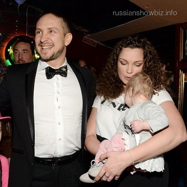 Данко с семьей