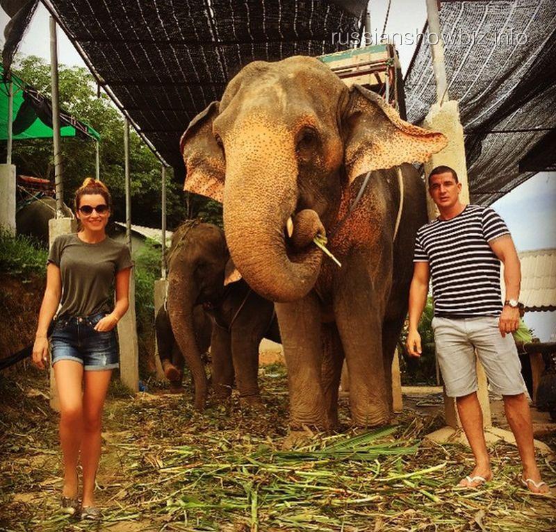 Ксения Бородина с возлюбленным в Таиланде