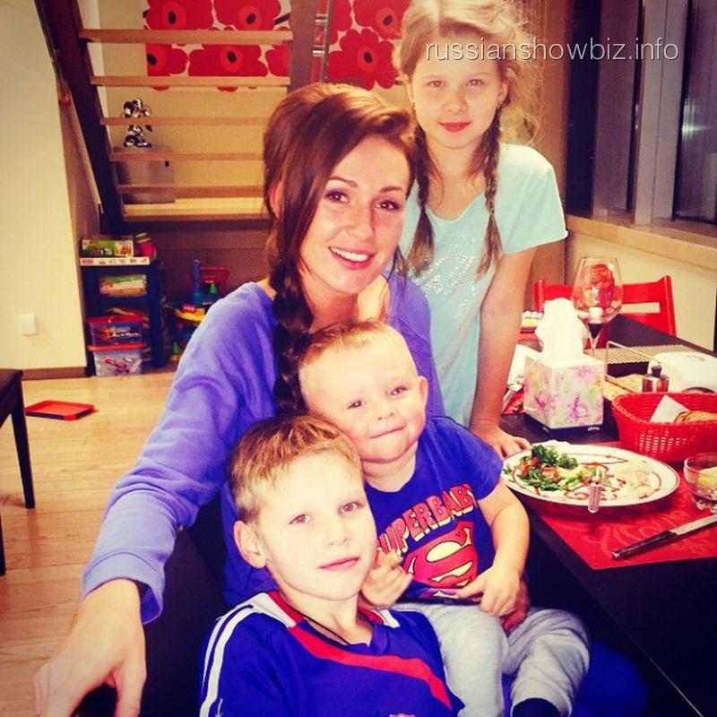 Екатерина Малафеева с детьми