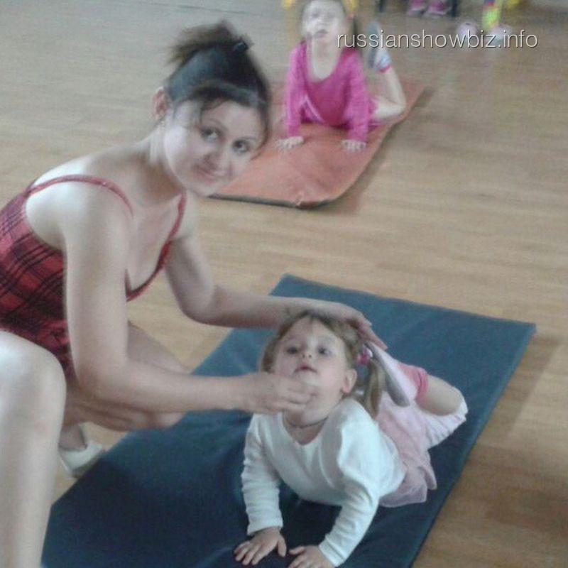 Дочь Макарских в балетной школе