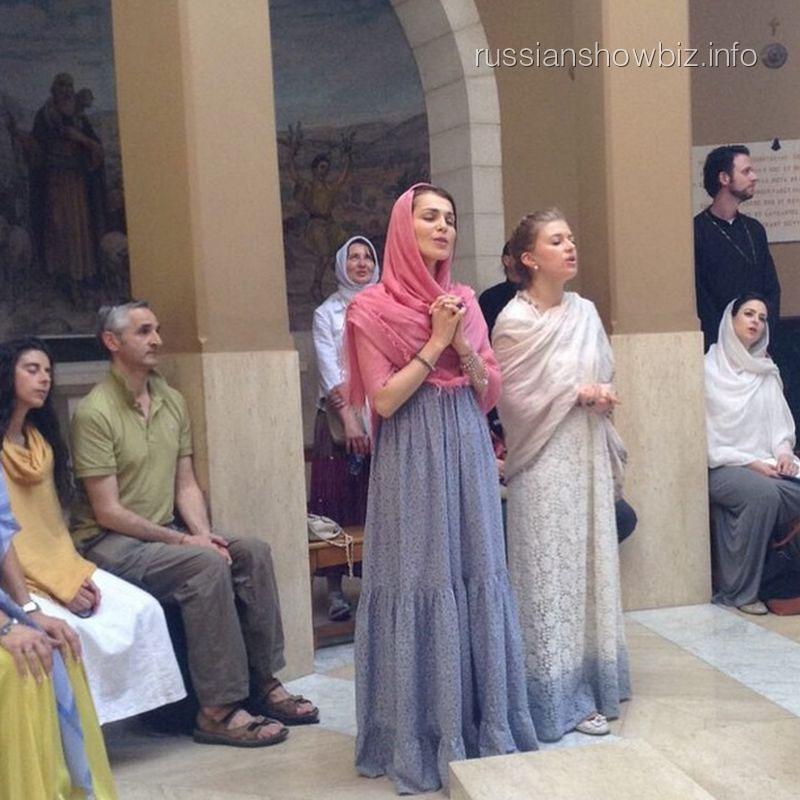 Сати Казанова в израильском храме