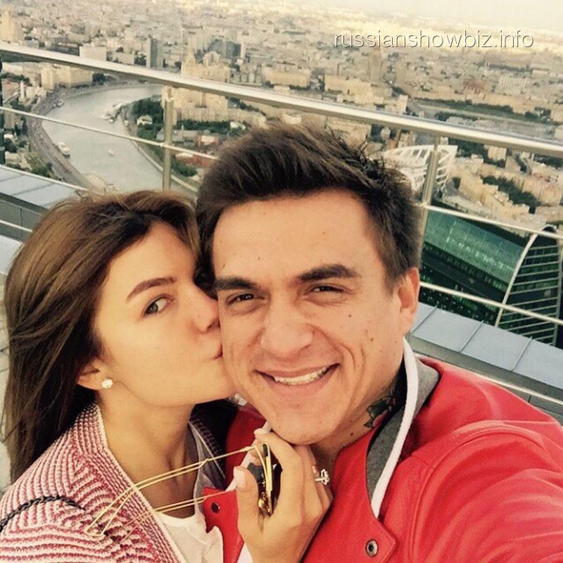 Влад Топалов с возлюбленной