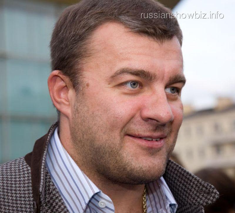 Михаил Пореченков впервые стал дедушкой