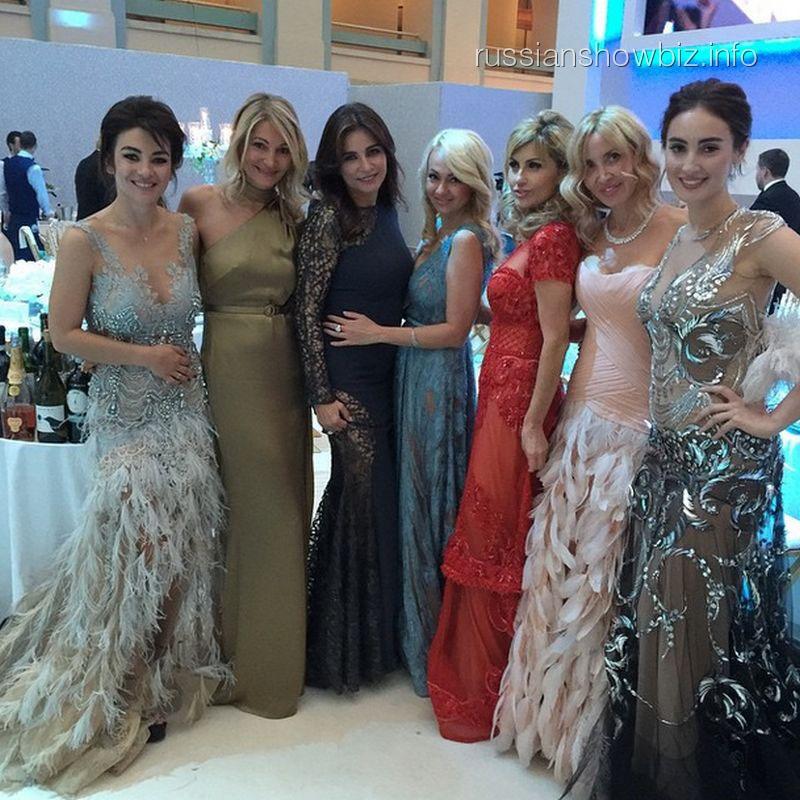 Гости на свадьбе Галины Юдашкиной и Петра Максакова