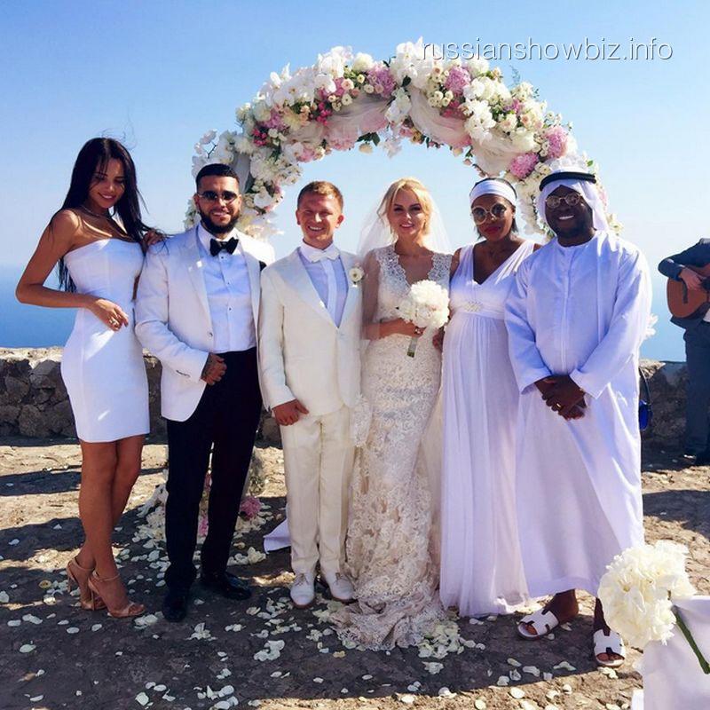 Тимати с новой возлюбленной на свадьбе Пашу
