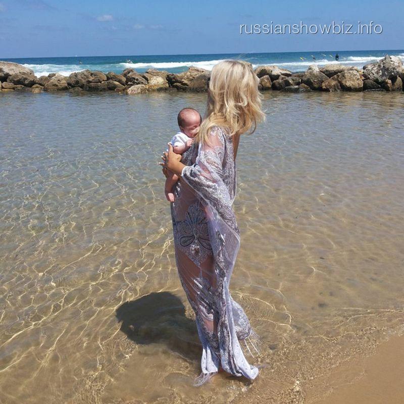 Виктория Макарская с сыном
