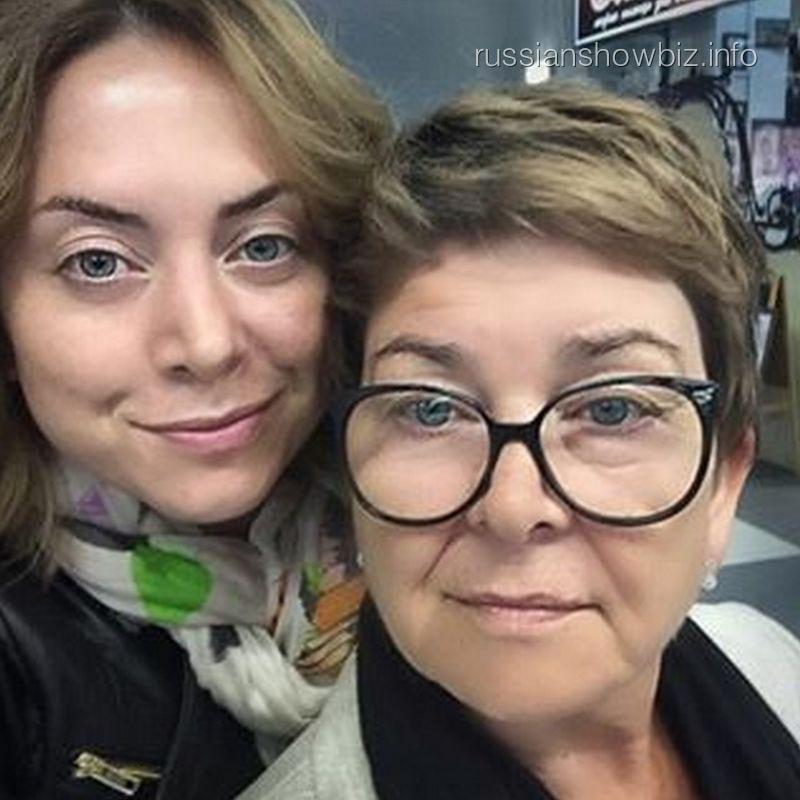 Наталья Фриске с мамой