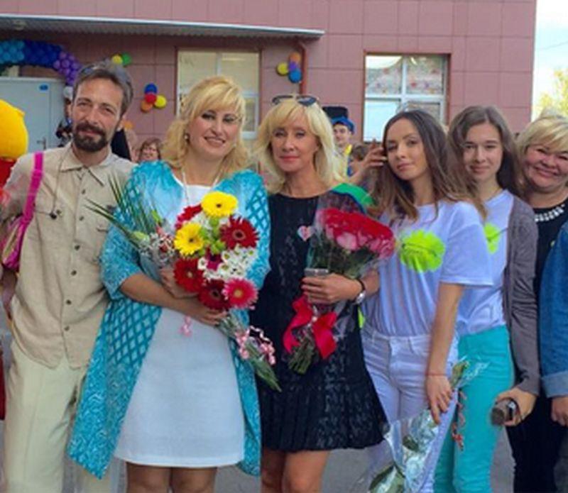 Оксана Пушкина на открытии реабилитационного центра