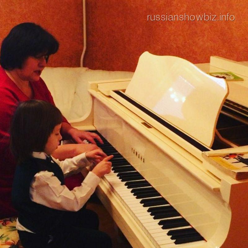 Сын Дмитрия Диброва за фортепиано