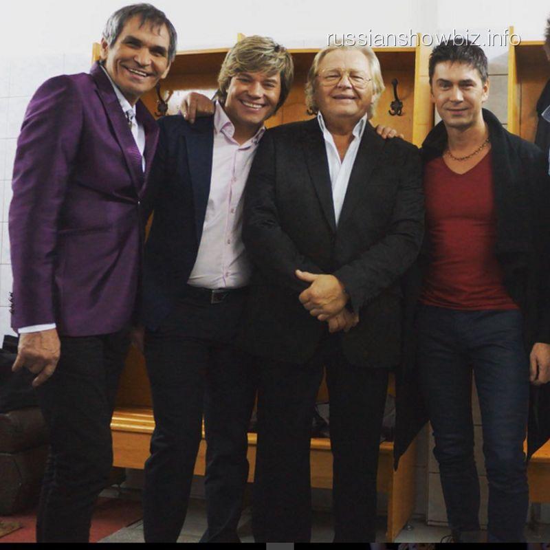 Бари Алибасов с нанайцами и Юрием Антоновым